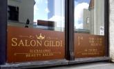 ilusalongi vaateaknakleebised kuldsest kilest aknakleebised